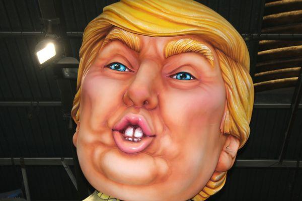 """""""Vous pourrez vous payer la tête de Karl Lagerfeld, de Macron, de Brigitte, de la reine Elizabeth ou encore de Trump en clown..."""""""