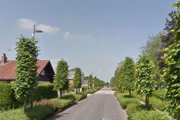 L'accident s'est produit ce matin vers 9 heures à Vervins (Aisne), rue d'Hirson.
