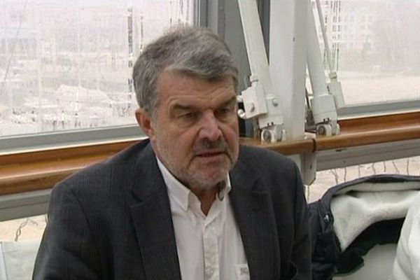 """Le maire de La Rochelle, Jean-François Fountaine, """"pas enthousiaste"""" par le décret sur la taxation des résidences secondaires."""