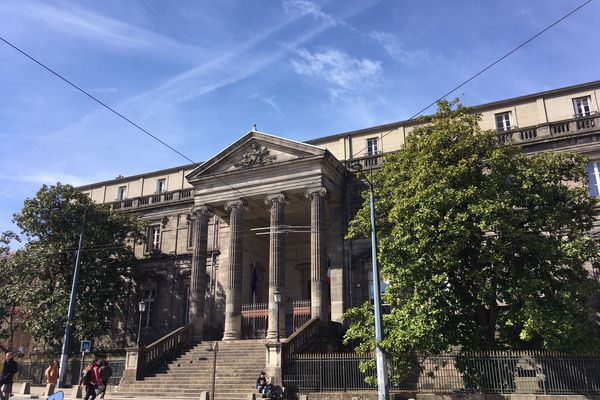 Troisième jour du procès aux Assises de la Haute-Vienne d' une femme de 50 ans accusée du meurtre de son compagnon en mai 2016. Cour d'Assises de la Haute-Vienne, mardi 12 mars 2019.