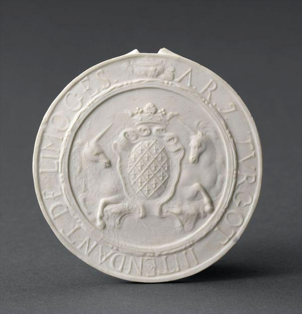 Le revers de la 1ère porcelaine de Limoges aux armes du surintendant Turgot
