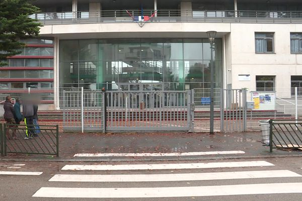 Le collège Etienne-Dolet à Orléans. / © France 3 Centre-Val de Loire