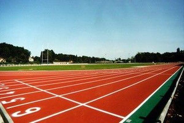 La piste d'athlétisme d'Hagetmau dans les Landes