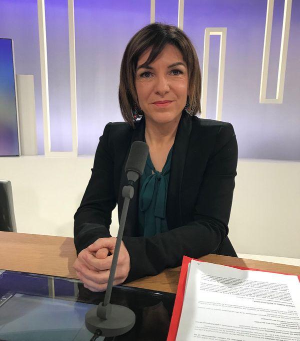 Rebecca Adam, candidate aux municipales 2020 à Hayange (Moselle) sur le plateau de France 3 Lorraine.