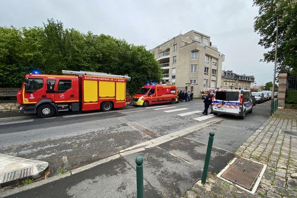 Reims, la rue de Courlancy, 11 mai peu après 19h.