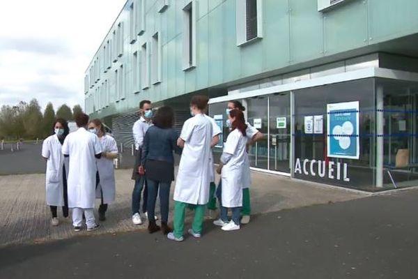 Le Pôle santé Sarthe Loir risque de connaître une fuite importante de médecins dans les semaines à venir.