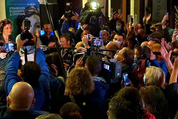 L'élection de Jeanne Barseghian à la mairie de Strasbourg est un symbole. Ici à son QG de victoire, le soir du deuxième tour.