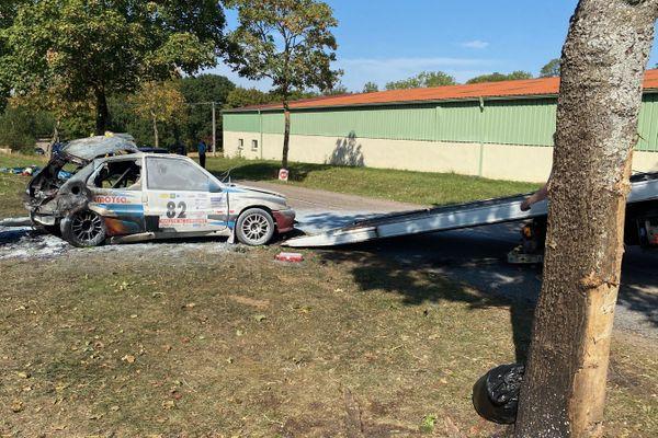 La voiture accidentée lors du Rallye de Lorraine