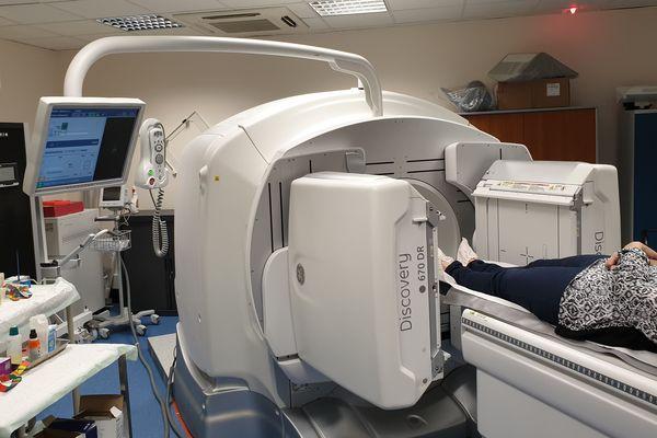 La clinique Maymard, à Bastia, s'est doté d'un nouvel appareil associant scintigraphie et scanner.