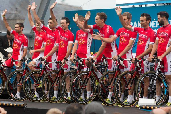L'équipe nordiste Cofidis au départ du Tour de France.