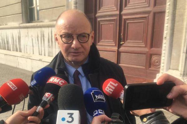 Matre Boulloud, l'avocat des parents d'Arthur Noyer a dit quelques mots à la presse après l'audience.