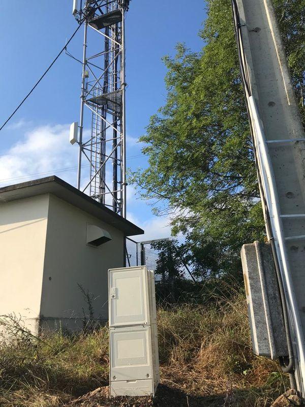 Dans le Beaujolais, les compteurs électriques incendiés par deux moines intégristes anti 5G ont été remplacés