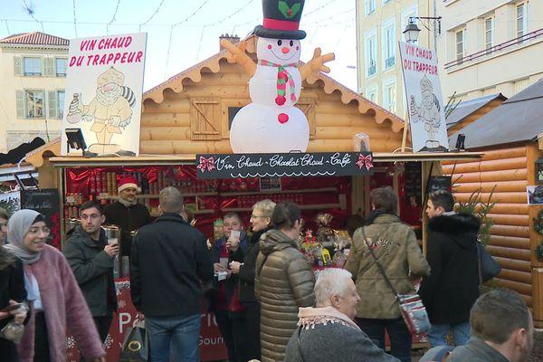 Le record des 500.000 visiteurs de l'an passé au marche de Noël de Limoges ne sera sûrement pas battu cette année.