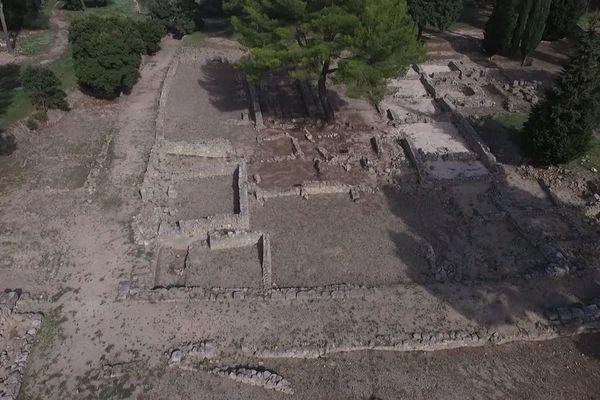 Le site de Saint-Blaise serait le site où se sont rencontré Gytis et Protis.