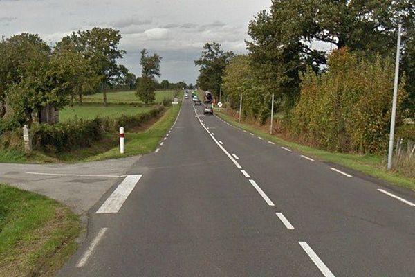 Le carrefour entre la RN 147 et la D 72 où a eu lieu l'accident.