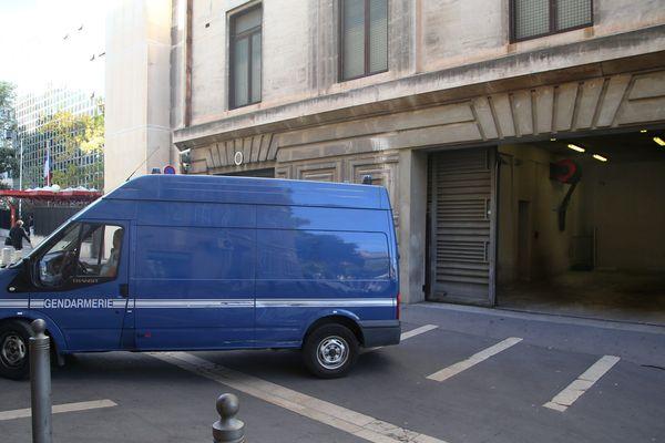 Les détenus ont fui lors d'un trajet en fourgon entre le palais de justice et la prison des Baumettes à Marseille (photo d'illustration)