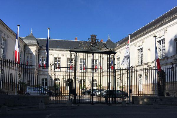 """Nantes fut la première ville distinguée par le titre de """"Compagnon de la Libération"""""""