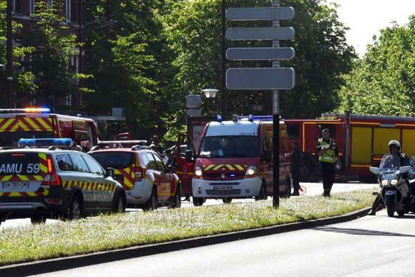L'accident s'est produit vers 9 heures, avenue des Nations Unies à Roubaix