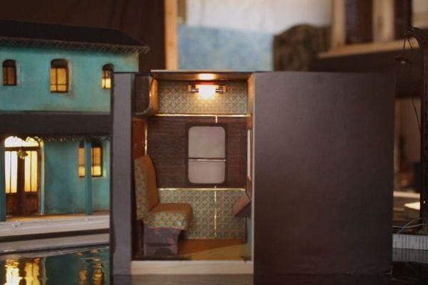 """L'exposition """"Freeticket Kilomètre Zéro"""" vous présente huit maquettes et un container à taille humaine."""