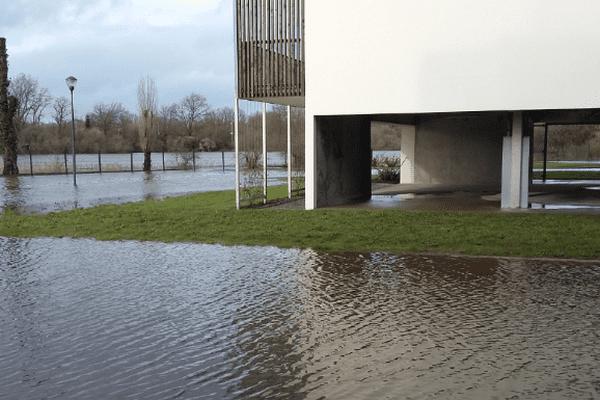 Le centre-bourg de Villeneuve-en-Retz est sous les eaux (SDIS44)