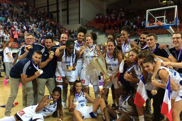 Les cadettes de l'équipe de France de basket sacrées championnes d'Europe à Bourges