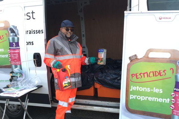 Point de collecte temporaire des pesticides à Poitiers