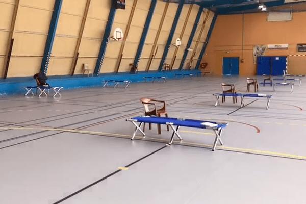 Un gymnase dédié à accueillir les sans-abris à ouvert à Menton.