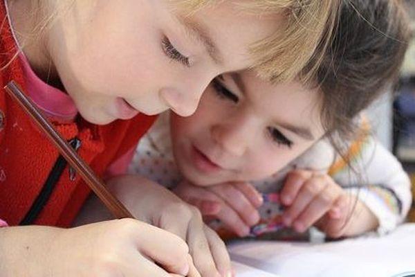 La réouverture progressive des écoles exposera également le personnel non-enseignant