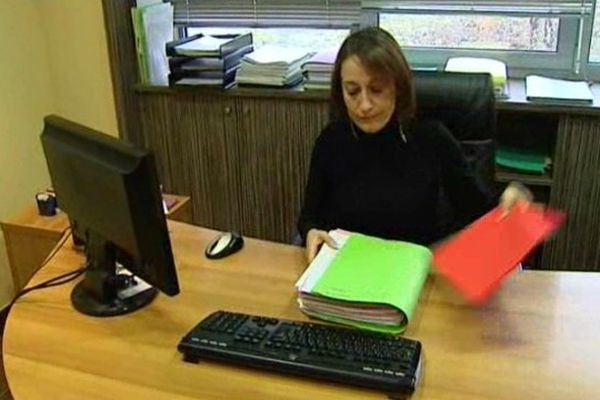 Automne 2013 : l'avocate de la famille de Léonarda a reçu une cinquantaine de lettres de menaces.