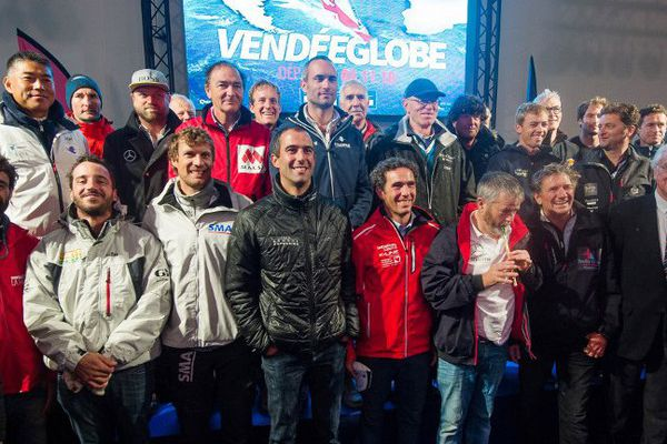 Les skippers lors de la photo officielle de la 8e édition du Vendée Globe 2016, le 15 octobre 2016.