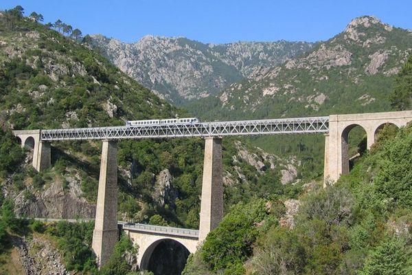 Le trinichellu sur le viaduc de Vecchio
