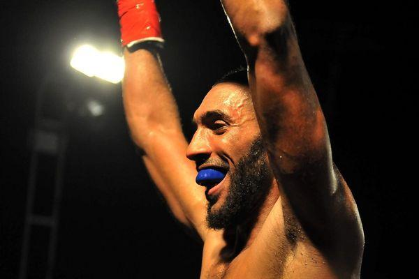 Le boxeur toulousain Mohamed Mimoune a connu la gloire d'un titre de champion du Monde à 30 ans.