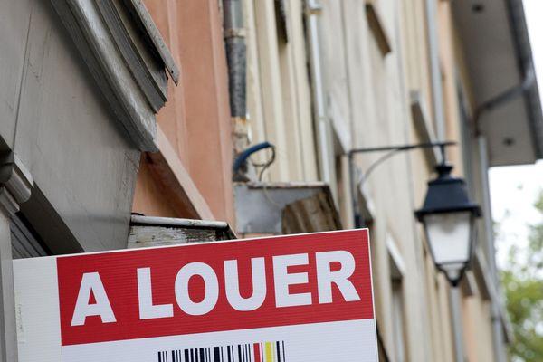 Avec 633 euros on peut louer 27 m2 à Lyon, 47 m2 à Grenoble ou 68 m2 à Clermont-Ferrand.