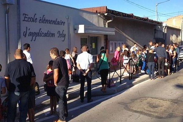 Carcassonne - la rentrée dans une école élémentaire - 2 septembre 2014.