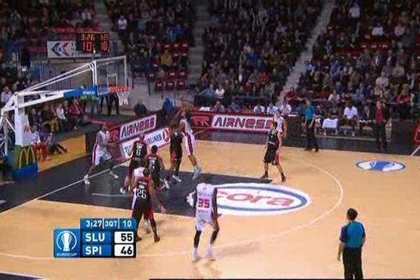 Les Couguars se sont imposés 87 à 62 grâce à un jeu collectif.