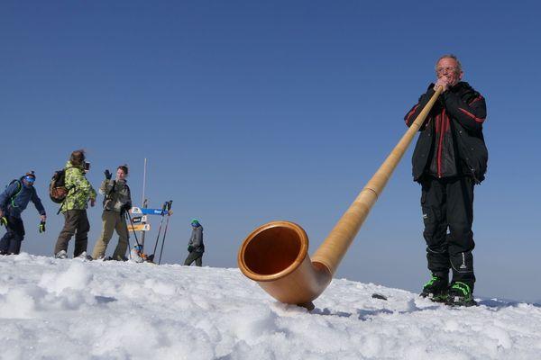 Troudy et son cor des Alpes