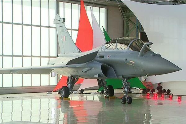 Livraison du premier Rafale à l'Inde chez Dassault Aviation à Mérignac