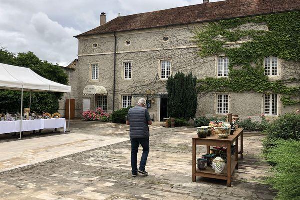 Le château de Vauchoux au nord ouest de Vesoul est à vendre.