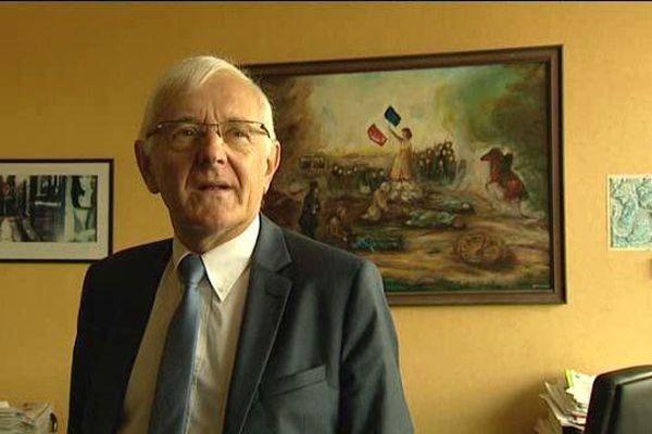 Dominique Gambier, maire Ps de Déville-lès-Rouen (Seine-Maritime) fait parti des signataires