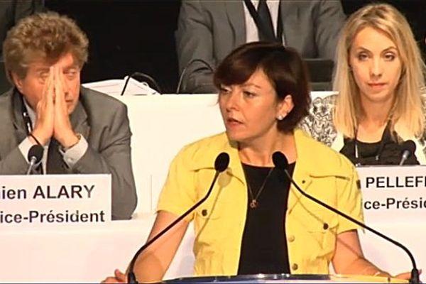 Carole Delga lors du vote du nom de la région LRMP à Montpellier le 24 juin 2016