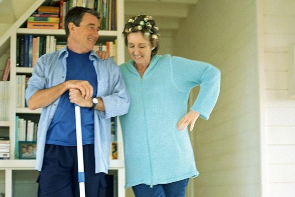 Où en est-on dans le partage des tâches ménagères ? - Photo d'illustration à but humoristique