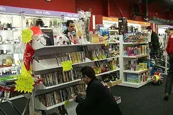 Les magasins d''achat-vente de produits d'occasion pour les particuliers s'attend à une affluence record jusqu'à la mi-janvier