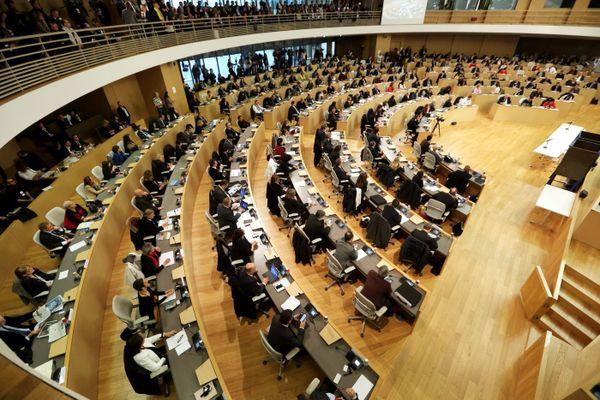 En Auvergne-Rhône-Alpes, 204 conseillers siègent dans l'assemblée régionale.