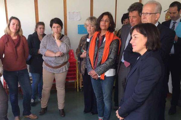 Annick Girardin, ministre de la Fonction publique, était à Auxerre mardi 27 septembre 2016. Elle a rencontré des agents locaux confrontés à l'application du principe de laïcité au quotidien.