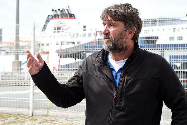 """Eric Vercoutre, secrétaire général du Syndicat Maritime Nord de la Scop en liquidation judiciaire SeaFrance, s'est dit """"satisfait"""" mardi de l'accord trouvé lundi soir à Paris"""