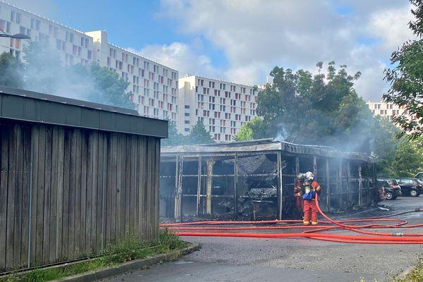Une quinzaine de pompiers d'Anglet sont toujours en intervention