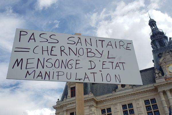 L'un des slogans de cette 2e mobilisation contre le passe sanitaire