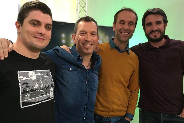 Anthony Brulez et ses invités sur le plateau de Canariplay
