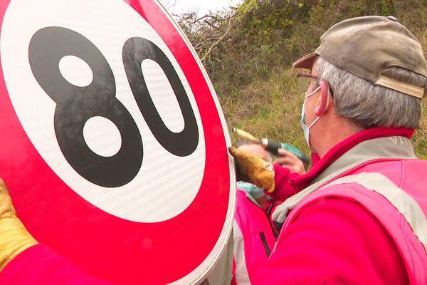 """Exit les panneaux 80 sur certains axes, pour faire place aux """"nouveaux anciens"""" panneaux 90"""