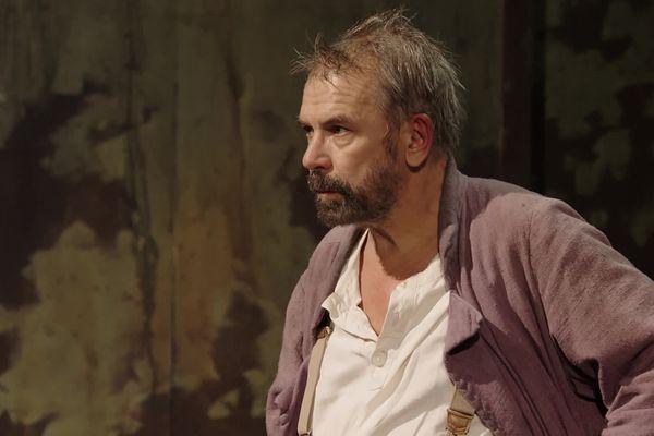 Philippe Torreton interprète un magnifique Galilée sous la direction de Claudia Stavisky